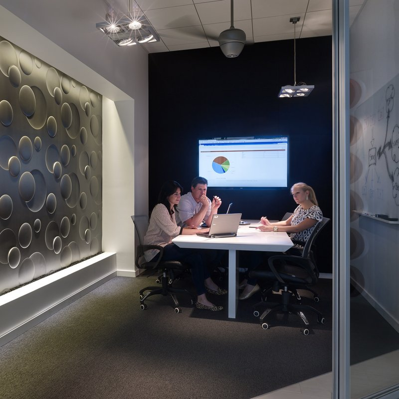 Commercial AV Design Tips – Best Ways to Design Audiovisual Solutions in Small Meeting Areas or Huddle Spaces