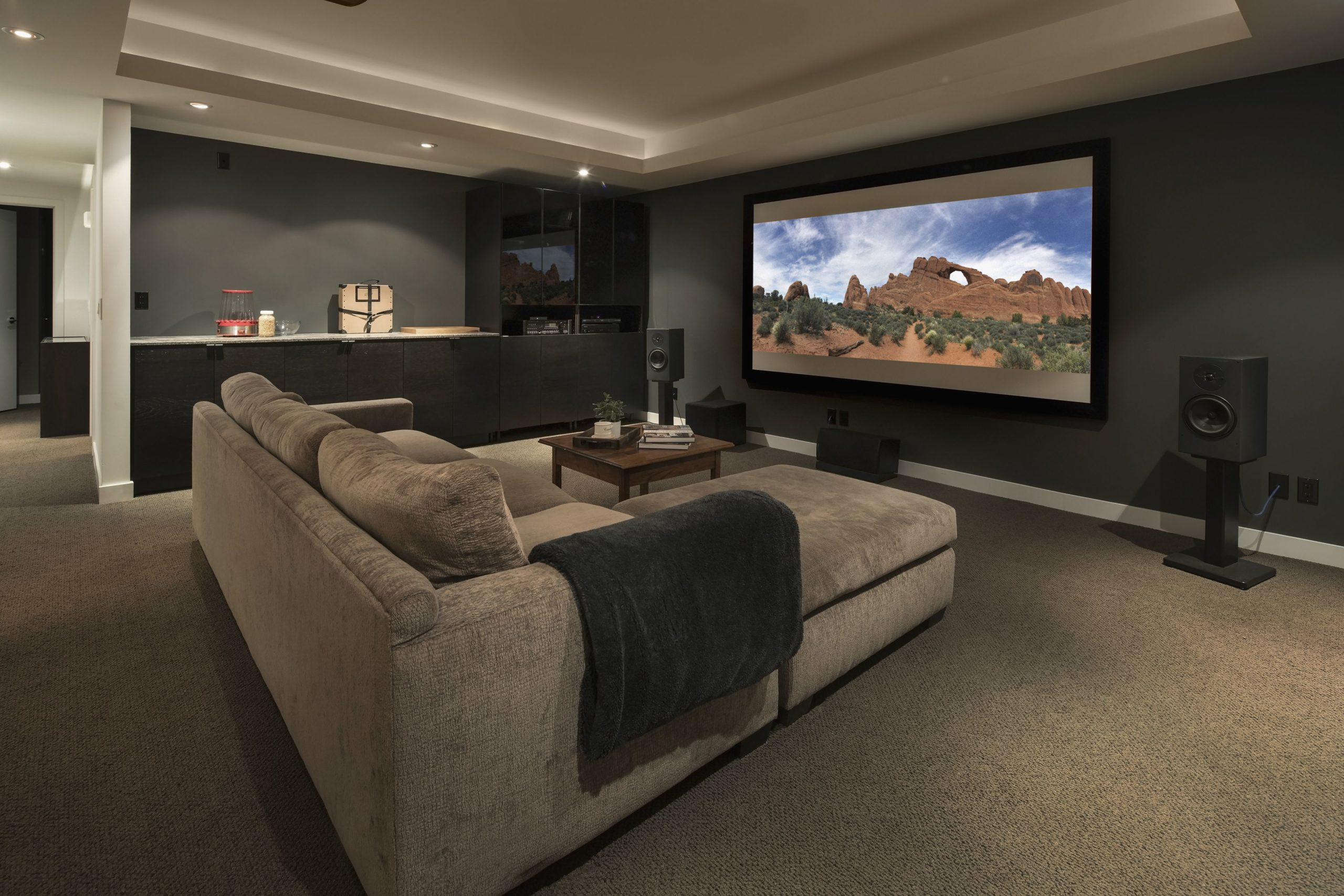 Designing & Building a Home Theater 20 – Tips for Placing Screens ...
